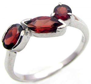 1.60ctw Genuine Garnet Solid 925 Sterling Silver Gemstone Ring (SJR1078)