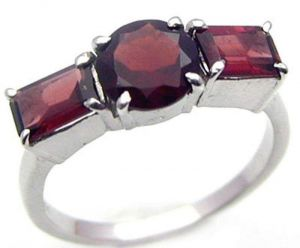 1.80ctw Genuine Garnet Solid 925 Sterling Silver Gemstone Ring (SJR1091)
