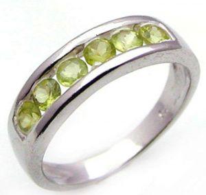 0.90ctw Genuine Peridot Solid 925 Sterling Silver Gemstone Ring (SJR10138)
